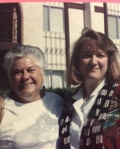 Keri Kruspe - Runes 5 Keri with her aunt